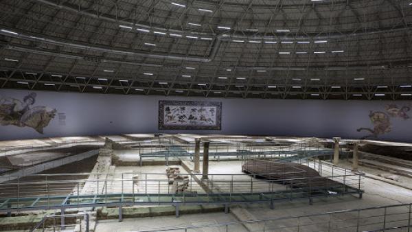 Млади архитекти превръщат старозагорската поща в модерен музей
