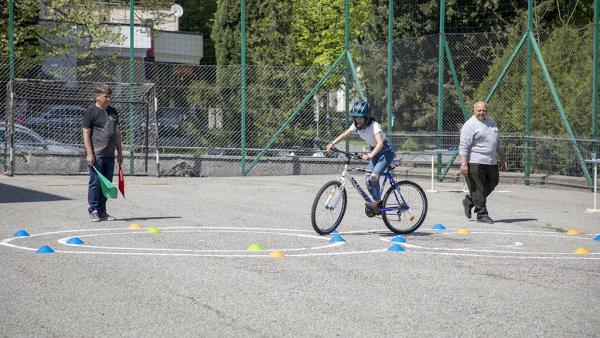 Отборът на Второ основно училище спечели общинския кръг та  Националното състезание по безопасност по пътищата