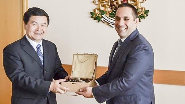 Министър Караниколов: Българският износ за Китай през последните години се е увеличил десетократно