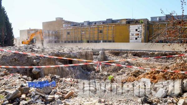 Събарят част от цигарената фабрика  Слънце , строят нов жилищен комплекс