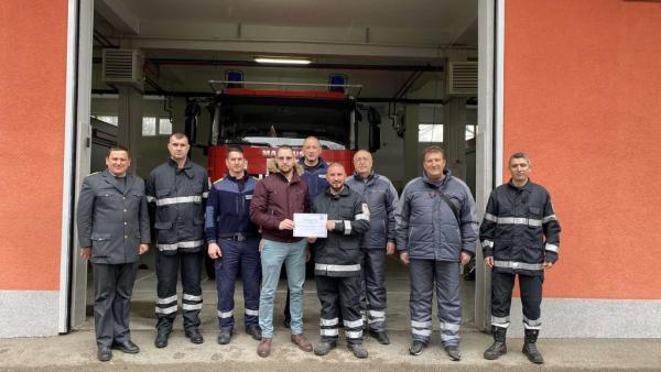 Доброволният отряд на Казанлък получи отличие за помощта в пандемията