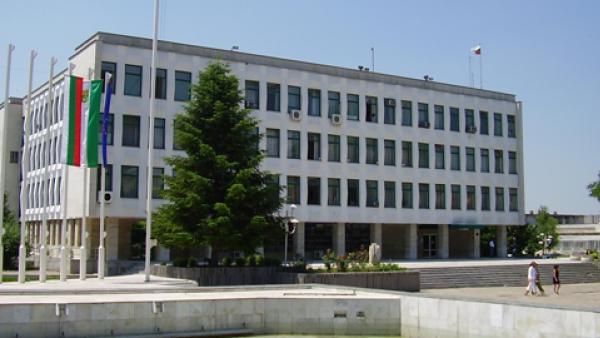 Две общини в Старозагорски регион в топ 10 по заплати в страната