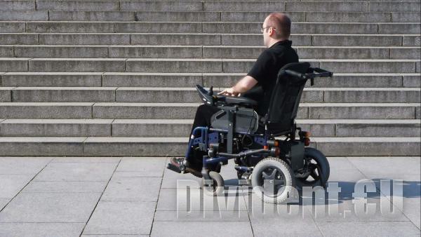 Нова методика спира понижаването на линията на бедност при хора с увреждания