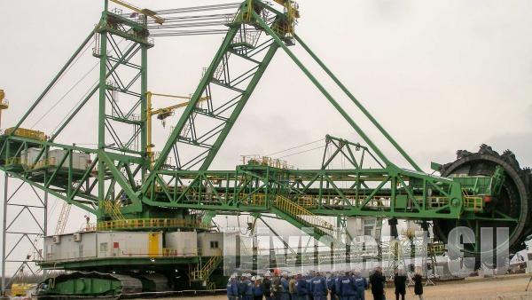 Нови роторни багери за близо 26 млн. евро заработиха в Мини Марица-изток