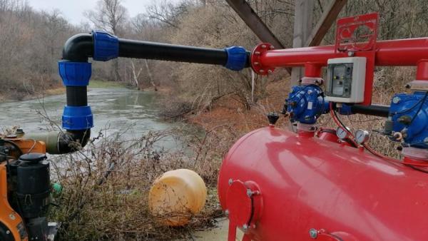 Прокуратурата разследва незаконен строеж на микроязовири по реката на с. Змейово
